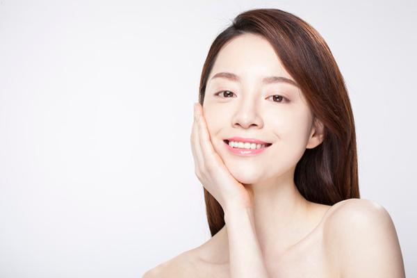 Cấy ghép mỡ vào mặt giúp trẻ hóa lâu 1
